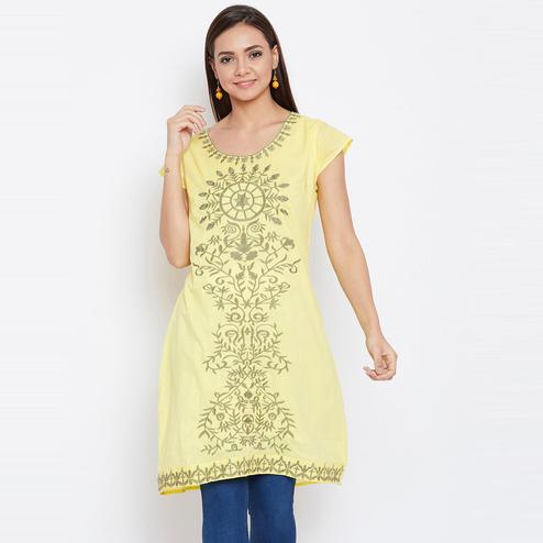 Aarudi Fashion - Women's Yellow Colored Embroidered Cotton Kurti With Lining