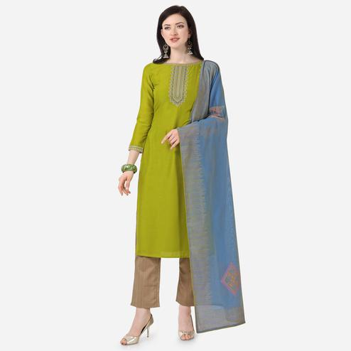 Stylee Lifestyle - Green Colored Party Wear Embroidered Muslin Cotton Dress Material