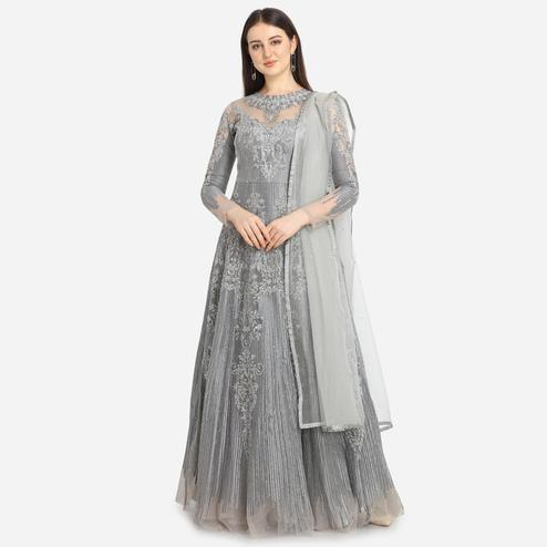 Stylee Lifestyle - Grey Colored Party Wear Embroidered Net Anarkali Suit