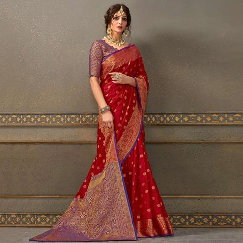 Trendy Red Colored Festive Wear Woven Handloom Silk Saree