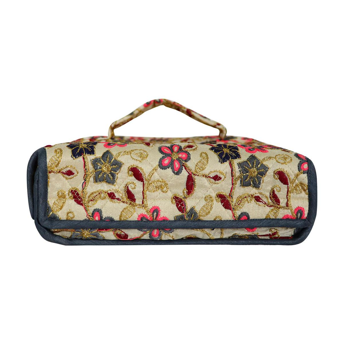 Lelys - Bridal Makeup And Toiletries Pouch