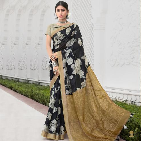 Jazzy Black Colored Casual Wear Floral Printed Cotton Saree