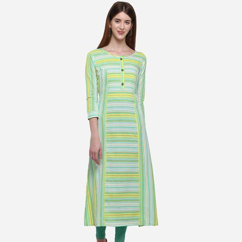 Sophisticated Green Colored Casual Wear Stripes Printed Cotton Kurti