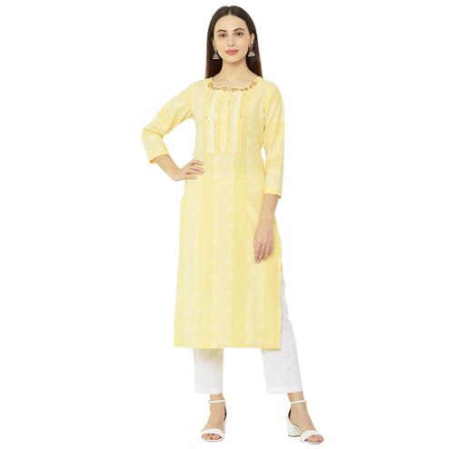 Amazing Yellow Colored Casual Wear Printed Cotton Kurti