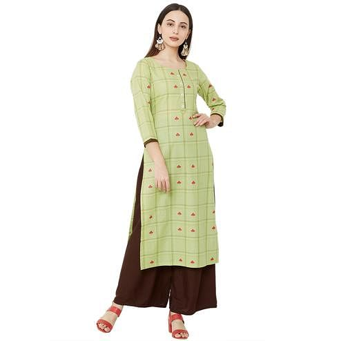 Imposing Green Colored Casual Wear Printed Cotton Kurti