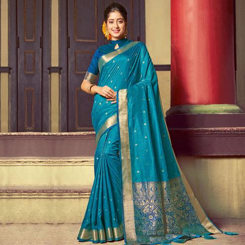 Refreshing Blue Colored Festive Wear Woven Handloom Silk Saree With Tassels