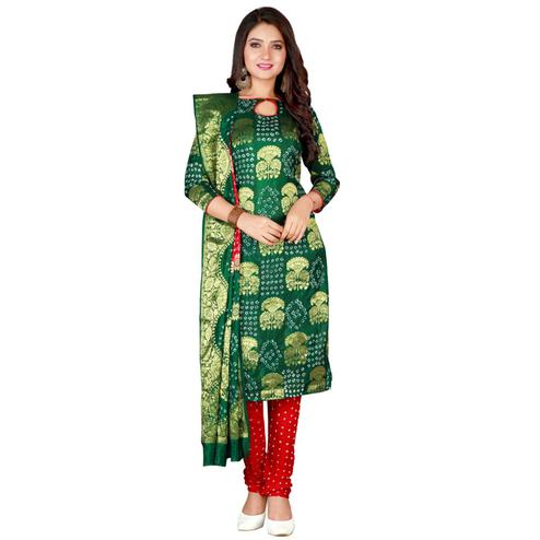 Bandhaniwala - Green Red Colored Casual Bandhani Printed Viscose Saree
