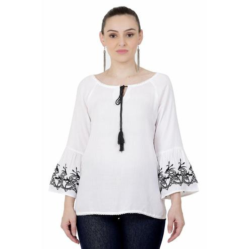 SAAKAA - Women's Rayon White Embroidery Top