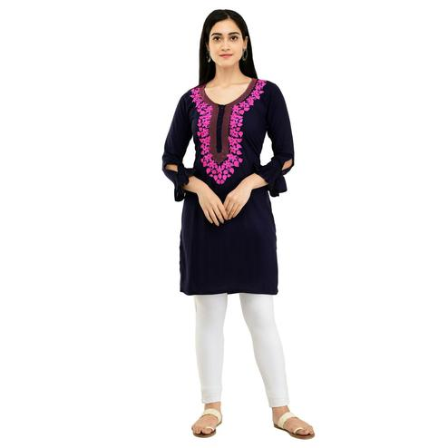 SAAKAA - Women's Rayon Black Embroidery Kurti