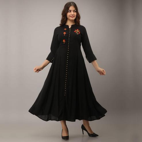 Aariya Designs - Black Colored Casual Wear Embroidered Rayon Kurti