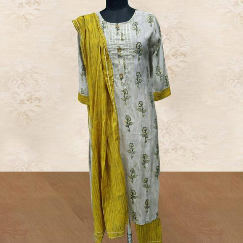 Aariya Designs - White Colored Casual Wear Printed Cotton Kurti-Pant Set With Dupatta