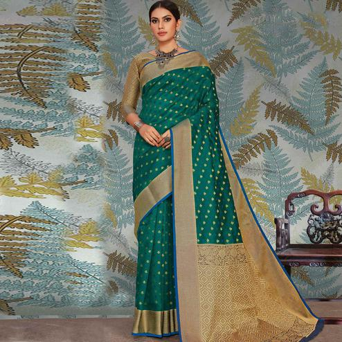 Ravishing Green Colored Festive Wear Woven Handloom Silk Saree