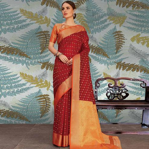 Surpassing Maroon Colored Festive Wear Woven Handloom Silk Saree