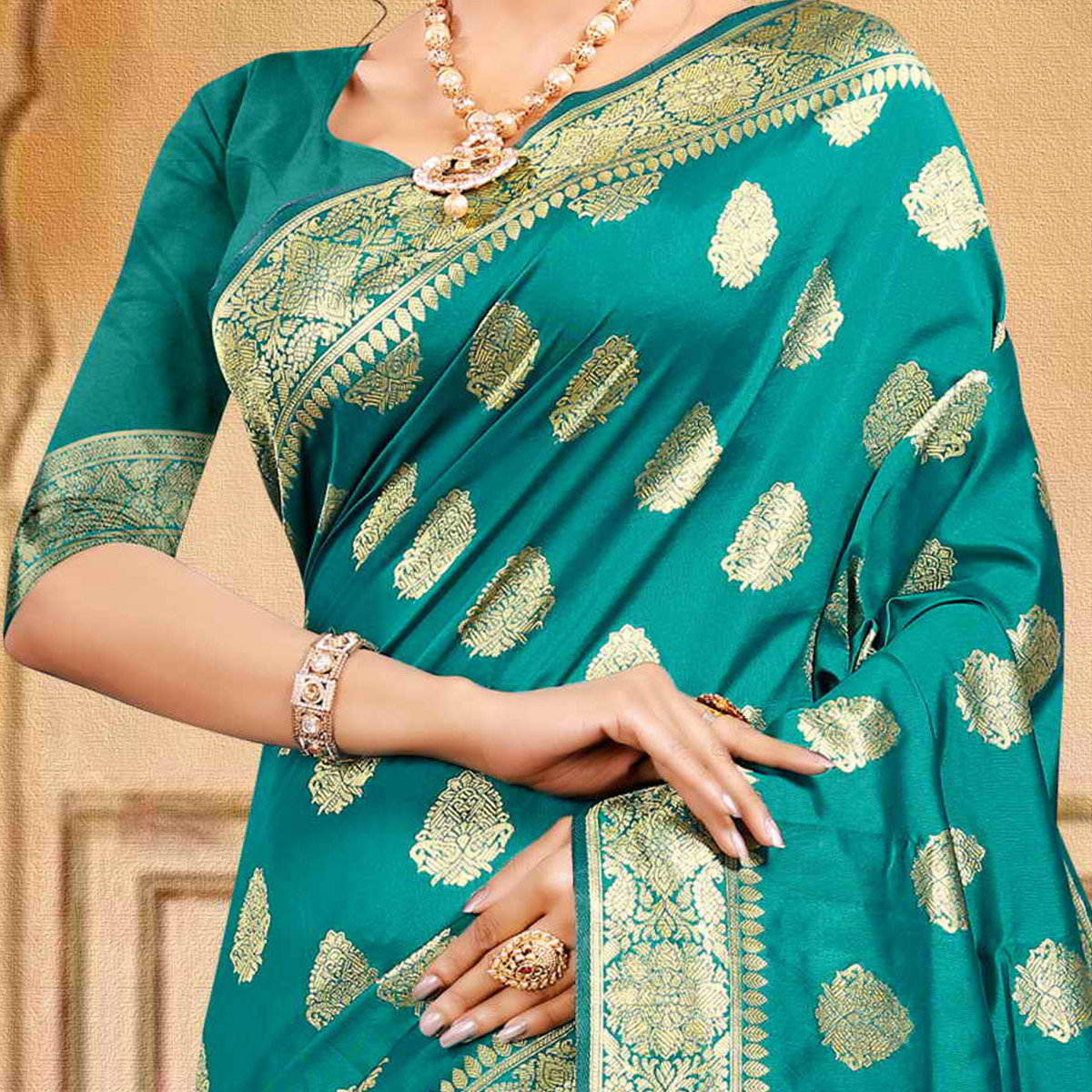 Pache Women's  Rama Green Colored Festive Wear Woven Silk Saree With Unstitched Blouse Piece