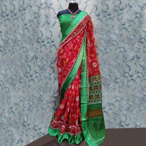 Dazzling Red Colored Casual Wear Printed Cotton Saree