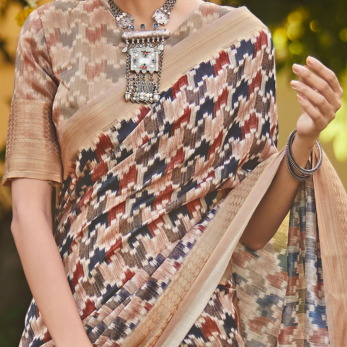 Glorious Mauve Colored Party Wear Digital Printed Linen Saree