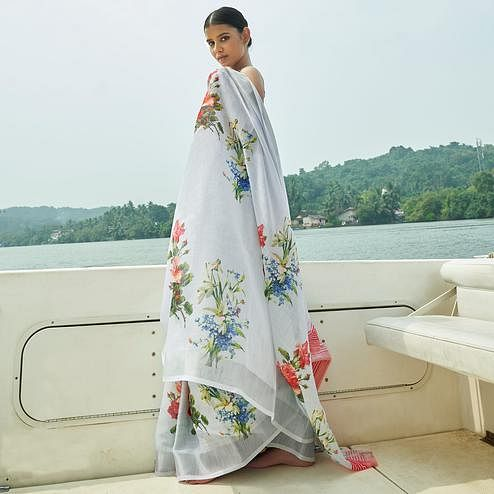 Hypnotic Grey Colored Party Wear Floral Printed Linen Saree