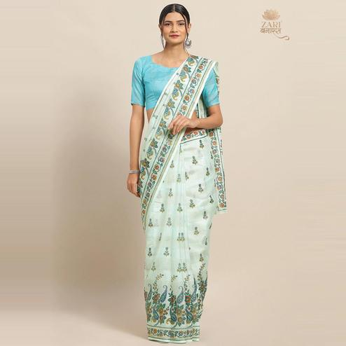 Eye-catching Sky Blue Colored Casual Wear Floral Printed Linen Saree