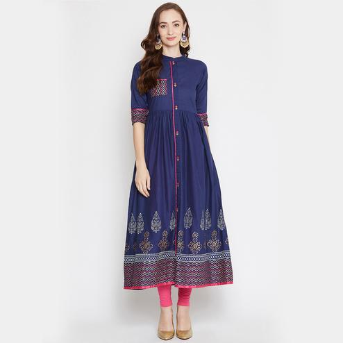 Winered - Women Navy Blue Colored Casual Printed Cotton Kurti