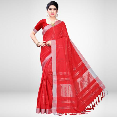 Blooming Red Colored Casual Wear Printed Cotton Blend Saree