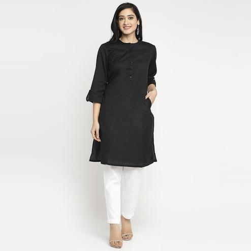 Ayaany - Black Colored Casual Cotton Kurti