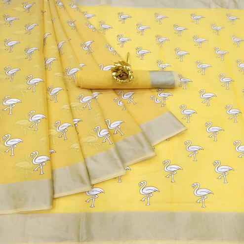 Mesmeric Yellow Colored Casual Wear Printed Cotton Linen Saree