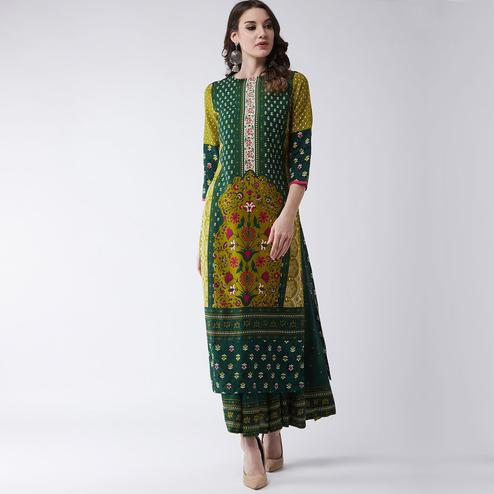 Pannkh - Women's Green Colored Mughal Printed Rayon Straight Kurti With Crew Neck