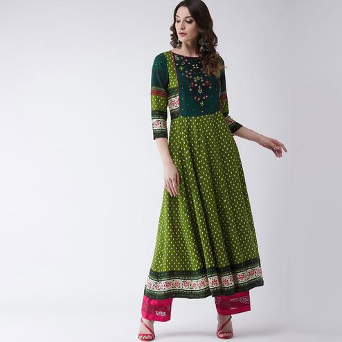 Pannkh - Women's Green Colored Mughal Printed Rayon Flared Kurti