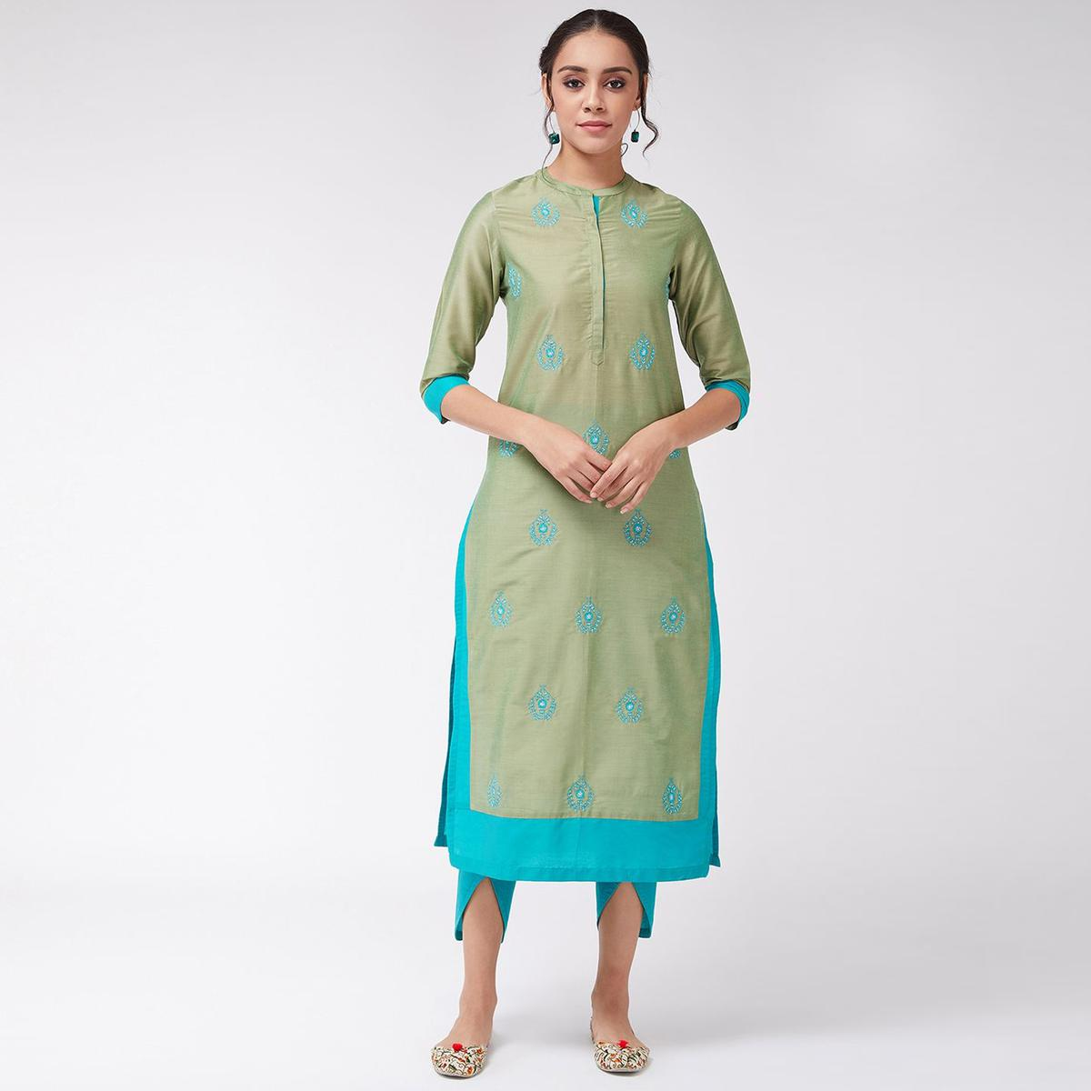 Pannkh - Women's Green Colored Embroidered Side Dual Patch Semi-festive Poly Viscose Kurti