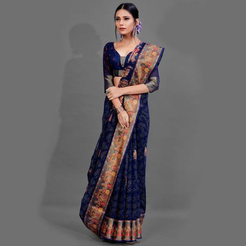 Exceptional Navy Blue Colored Casual Wear Printed Cotton Saree