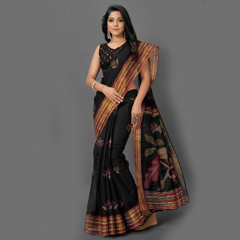 Flamboyant Black Colored Casual Wear Printed Cotton Saree