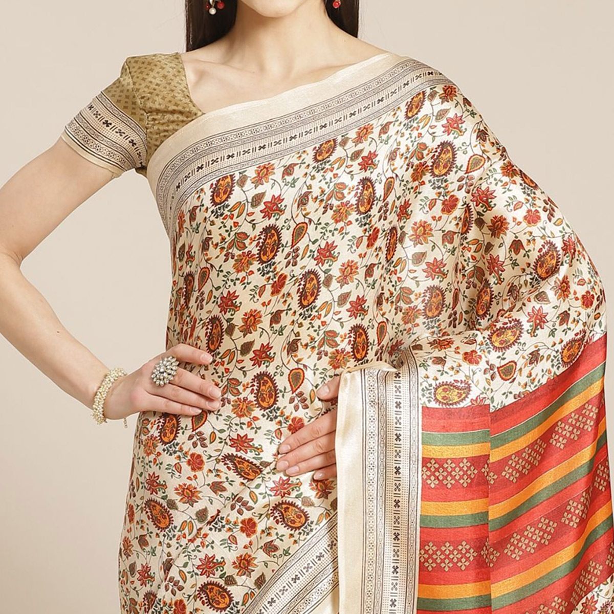 Delightful Beige - Red Colored Casual Wear Printed Silk blend Saree