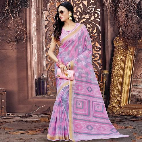 Staring Light Pink Colored Casual Wear Printed Cotton Saree