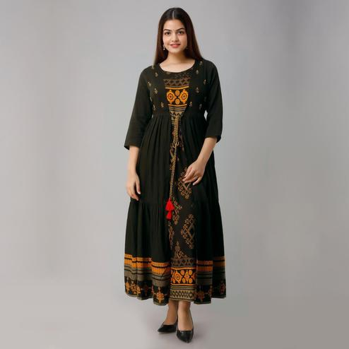 Ravishing Dark Green Colored Partywear Koti Style Rayon Kurti