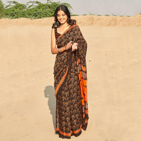 Exotic Coffee Brown Colored Casual Wear Printed Fancy Linen Saree