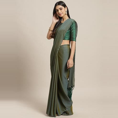 Flaunt Green Colored Casual Wear Printed Poly Georgette Saree