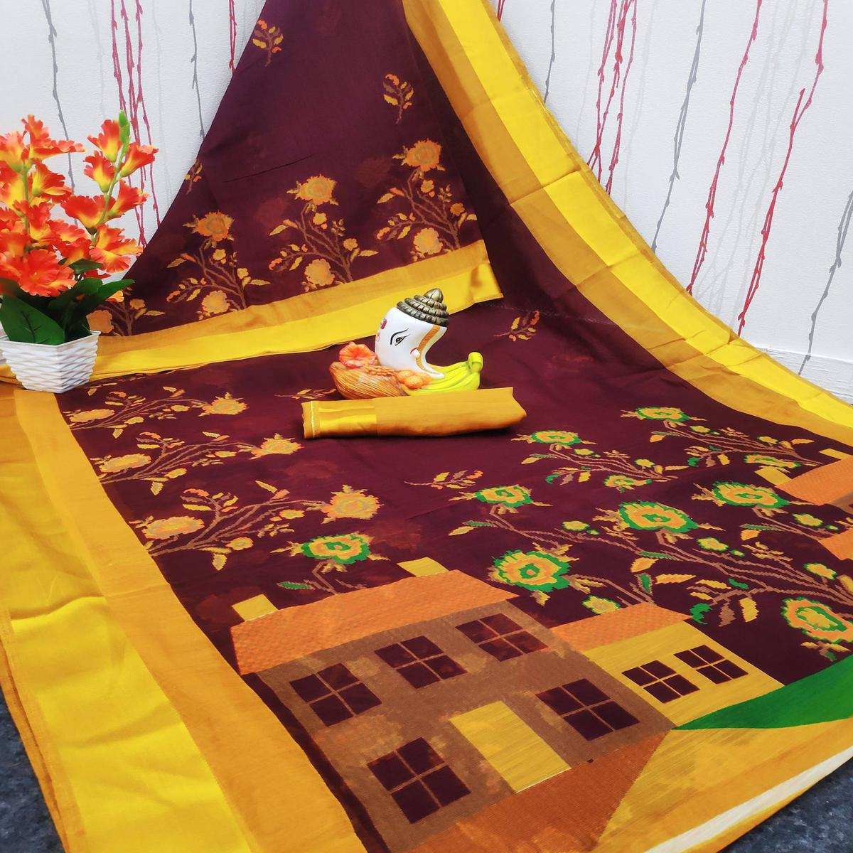 Surpassing Maroon Colored Casual Wear Digital Printed Cotton Linen Saree
