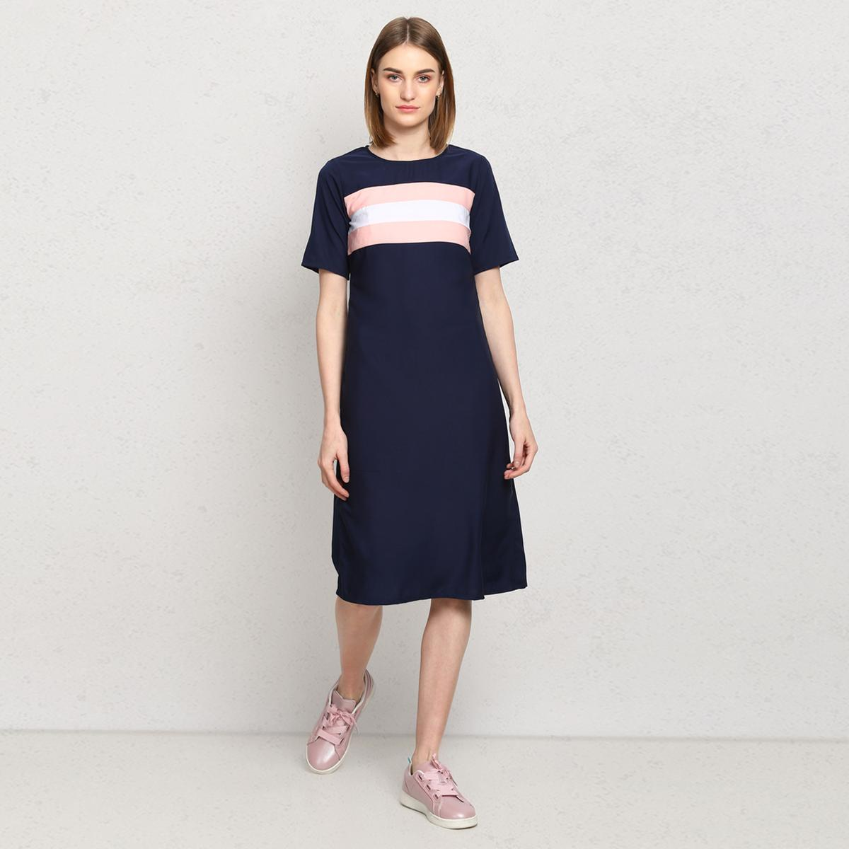 OMADAM - Navy Blue Colored Casual Crepe Dress