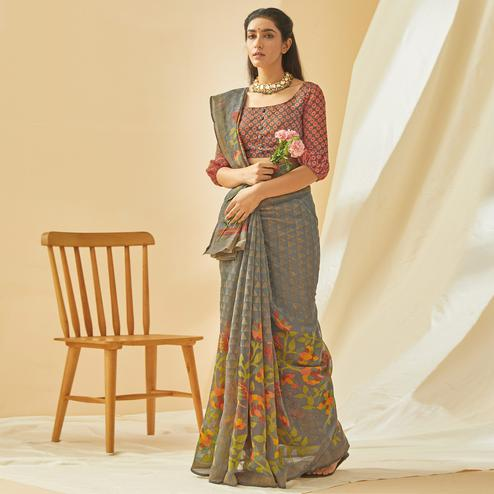 Jazzy Grey Colored Casual Wear Printed Soft Cotton Brasso Saree