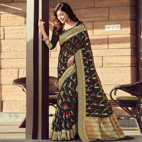 Sophisticated Black Colored Festive Wear Woven Cotton Handloom Saree