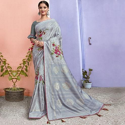 Triveni - Grey Color Chanderi Silk Casual Wear Saree With Blouse Piece