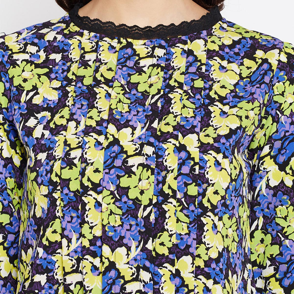 Tufafi - Women Blue Color Floral Printed Lace attached in fornt Printed Crepe Top