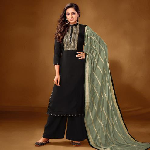 Hypnotic Black Colored Partywear Embroidered Pure Cotton Palazzo Suit