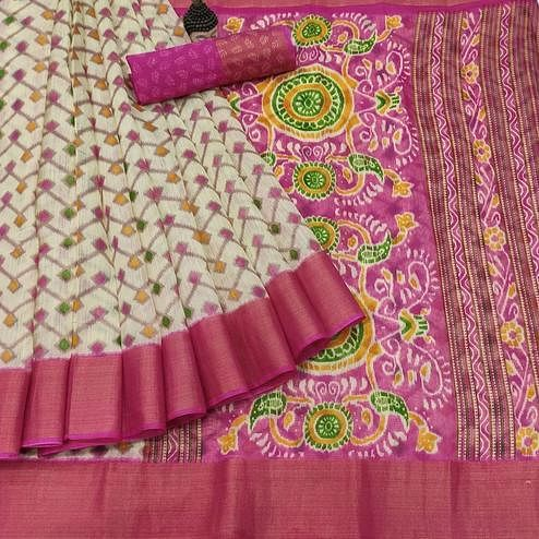 Magnetic Offwhite - Pink Colored Festive Wear Batik Printed Cotton Saree