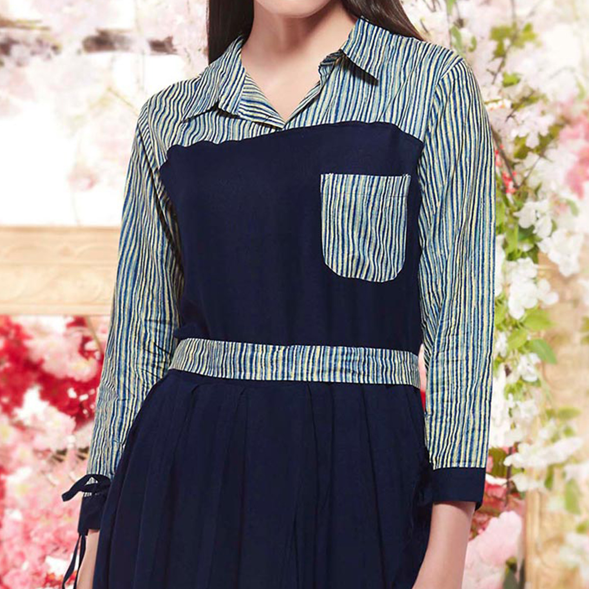 Mesmerising Navy Blue Colored Designer Casual Wear Printed Rayon Kurti