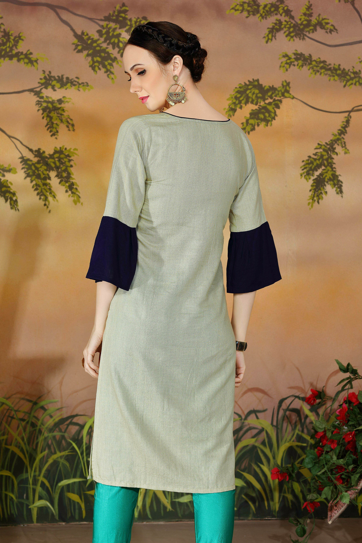 Lovely Gray Colored Casual Wear Rayon Kurti