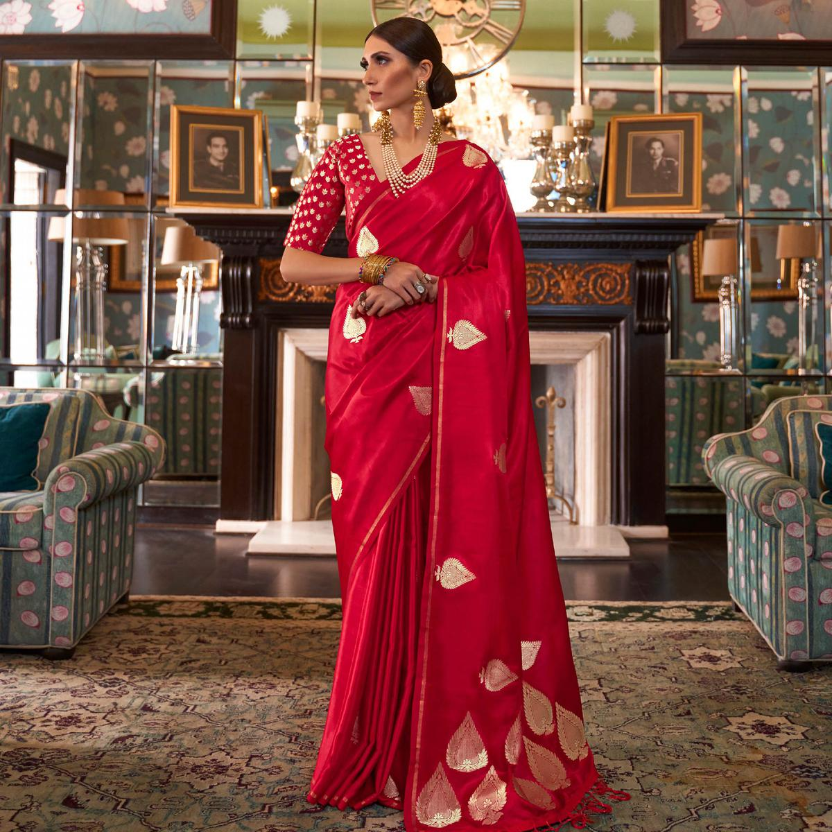 Magnetic Red Colored Festive Wear Woven Pure Satin Silk Saree