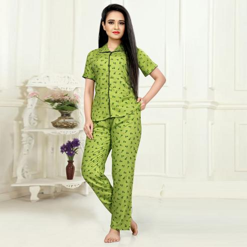 Pretty Green Colored Printed Cotton Rayon Night Suit