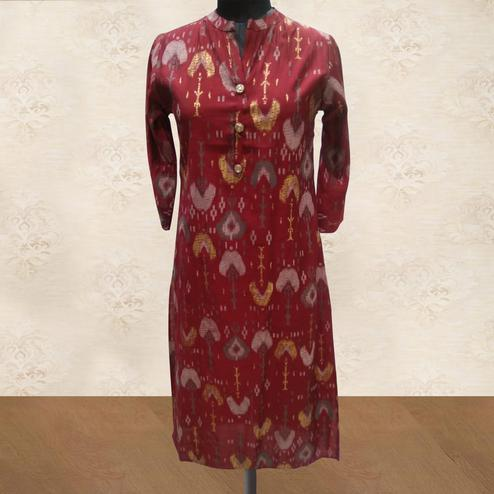 Entrancing Red Colored Casual Wear Printed Cotton Kurti