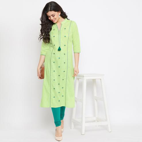 Winered -  Women Green Embroidered Straight Cotton Kurti